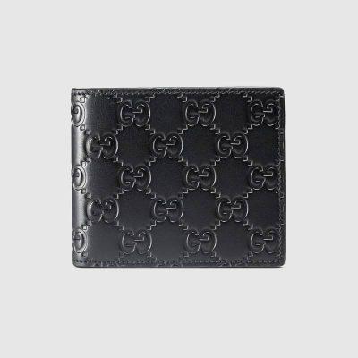 365466_CWC1R_1000_001_080_0000_Light-Gucci-Signature-wallet